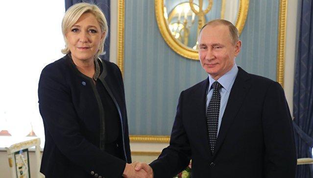 Владимир Путин встретился в Кремле с Марин Ле Пен