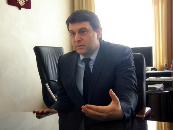 Гарри Столяров