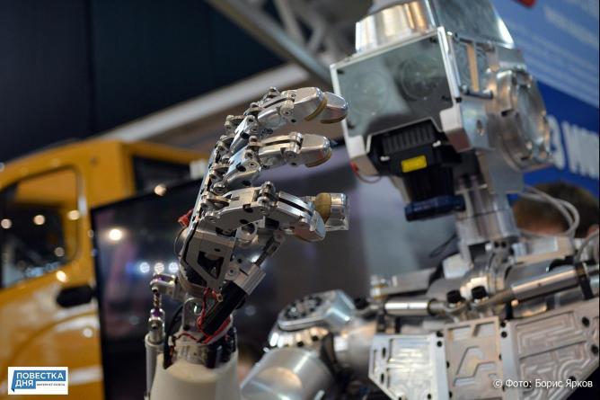 В США состоится битва огромных боевых человекоподобных роботов