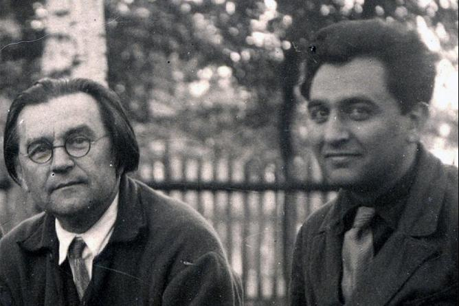 Казимир Малевич и Николай Харджиев. 1933 г.