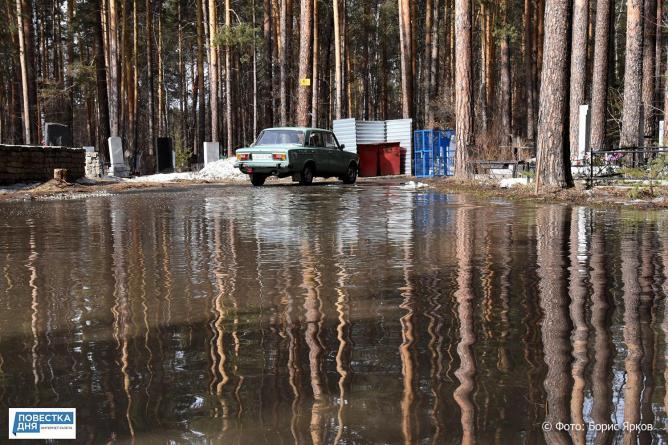 Посёлок в Челябинской области тонет в фекалиях