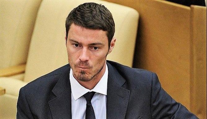 Теннисист Марат Сафин освобожден от депутатского мандата