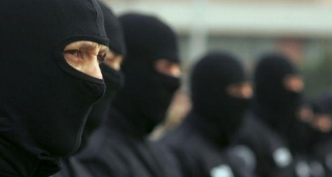 В мэрию Сухого Лога нагрянули «маски-шоу»