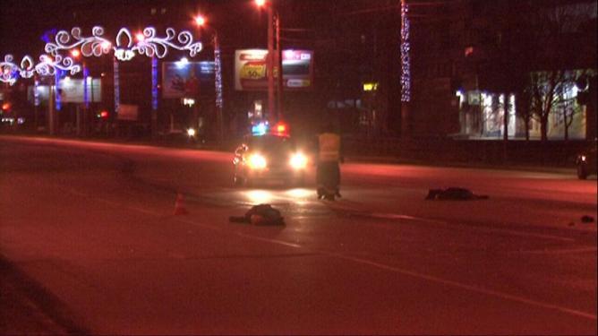 В Челябинске пьяный, лишённый прав, водитель сбил двух мужчин