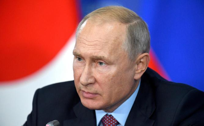 Путин внес в Думу законопроект о частичной декриминализации статьи за экстремизм