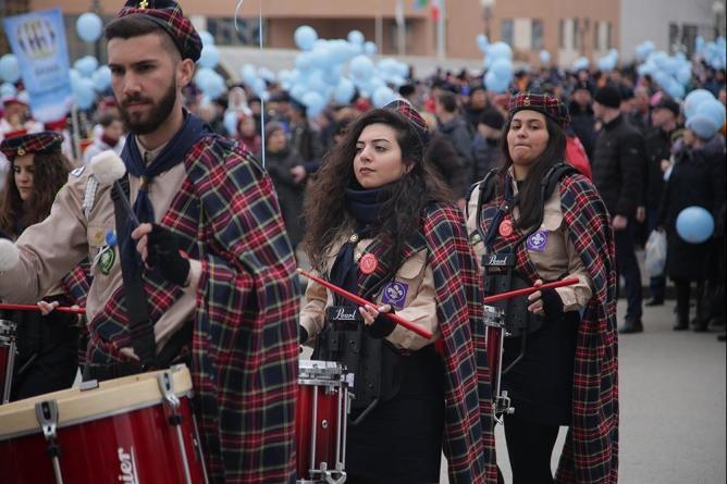 Участие в Пасхальном Крестном ходе в Екатеринбурге приняли палестинские скауты-барабанщики