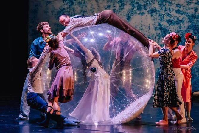 В июне «Провинциальные танцы» покажут екатеринбуржцам два легендарных спектакля