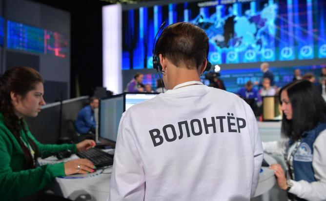 Путин призвал найти возможность ловить террористов, не ограничивая свободу интернета